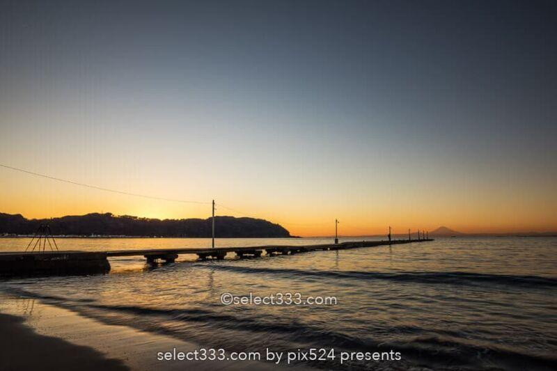 原岡桟橋の夕焼けと薄明の撮影!海に伸びる桟橋と富士山の風景!人気夕陽スポット原岡海岸