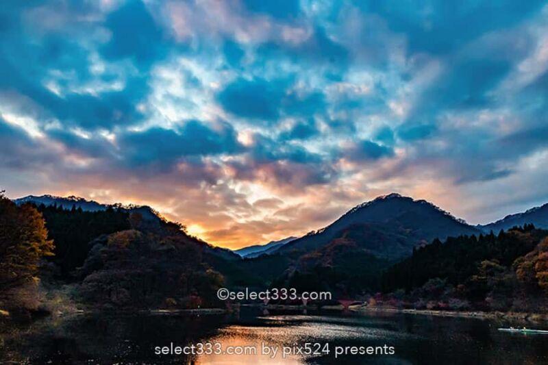 碓氷湖の秋の風景!夕焼け空が美しい安中の紅葉撮影スポット!群馬県の紅葉撮影地