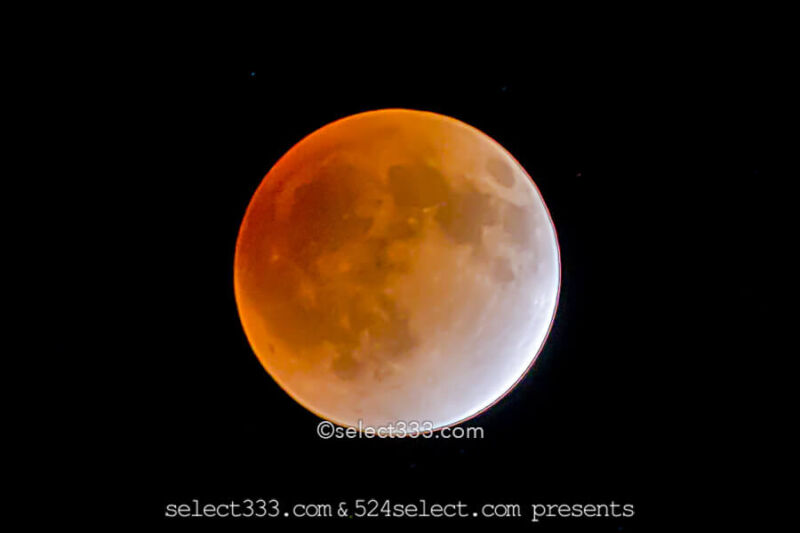 red-moon-
