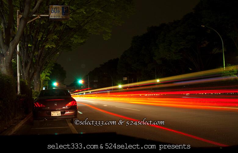 車の光跡を撮ろう!長時間露光で車の光跡を写す夜景写真撮影法!動きのある光跡写真