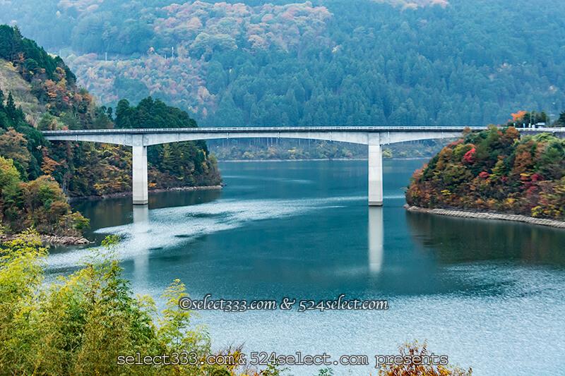 法皇湖(ほうおうこ)の紅葉見頃と富郷ダムエリアのアクセス!秋の風景とドライブ