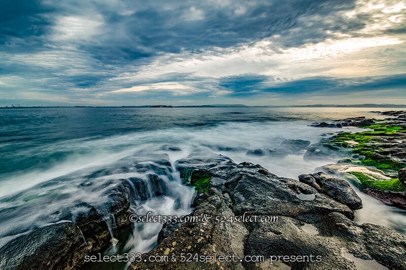 長時間露光で波を雲のように撮影しよう!波打ち際を雲海に!荒波を雲海のように表現