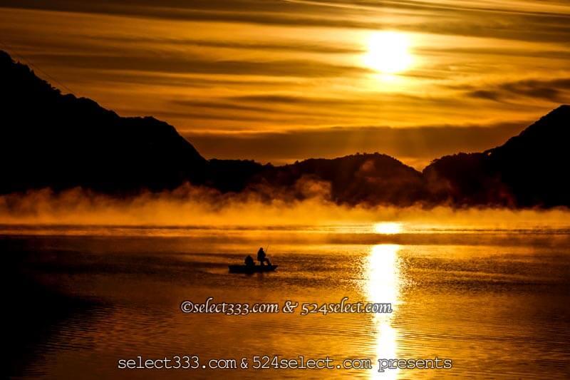 毛嵐や湖霧・川霧を撮影しよう!冷えた朝や夜の霧がある風景!海の霧や湖面を這う霧の撮影