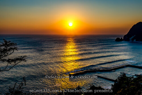 海の上に現れる朝日や夕日の光の道を撮ろう!太陽が作る海の道!海の朝日と夕日撮影