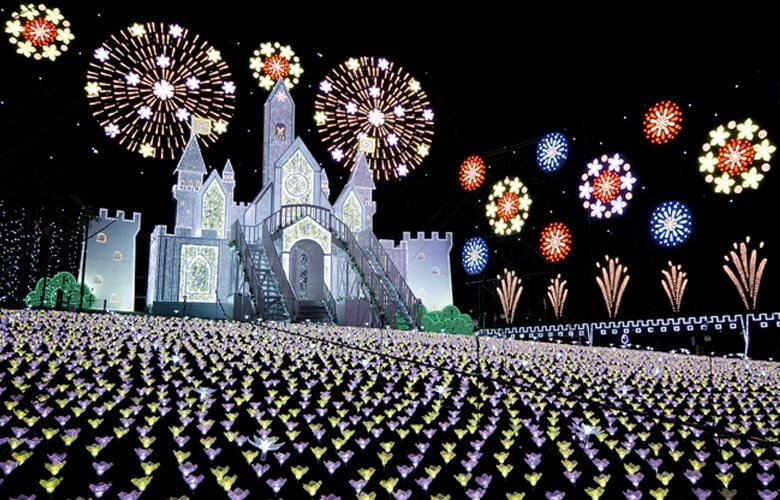 あしかがフラワーパーク光の花の庭は大人のイルミスポット!フラワーファンタジー