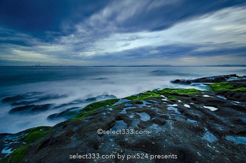 長時間露光で波打ち際の表情表現!スローシャッターで撮る風景!動と静を使い分ける
